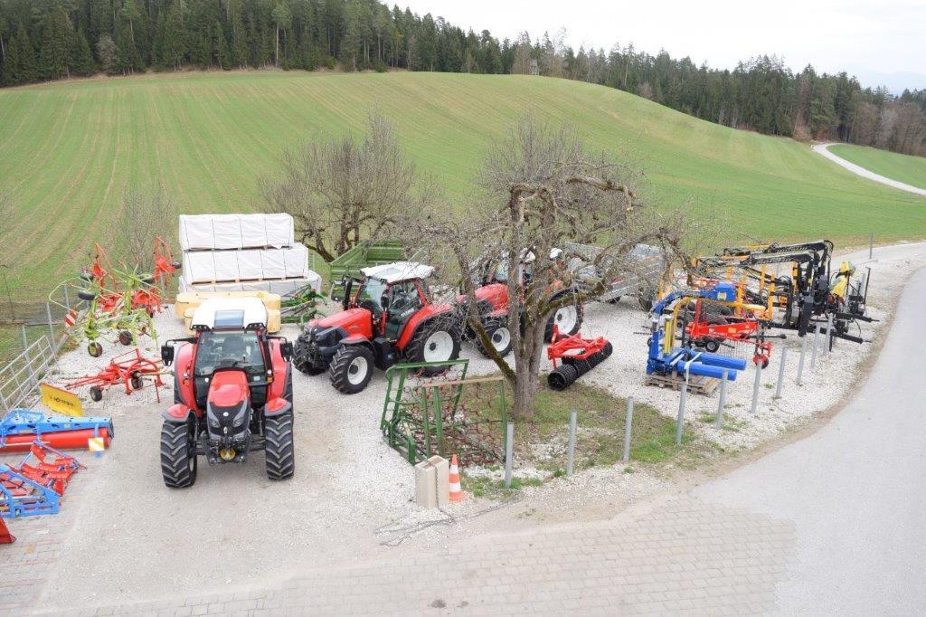 www.landmaschinen-ouschan.at
